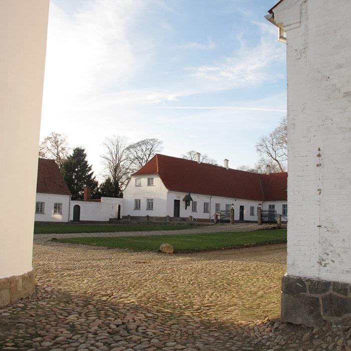 bygninger stald gård herregård